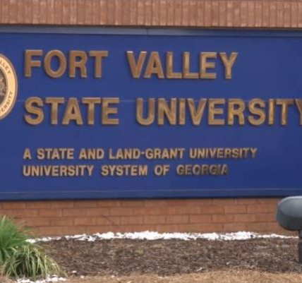 Fort Valley State sign