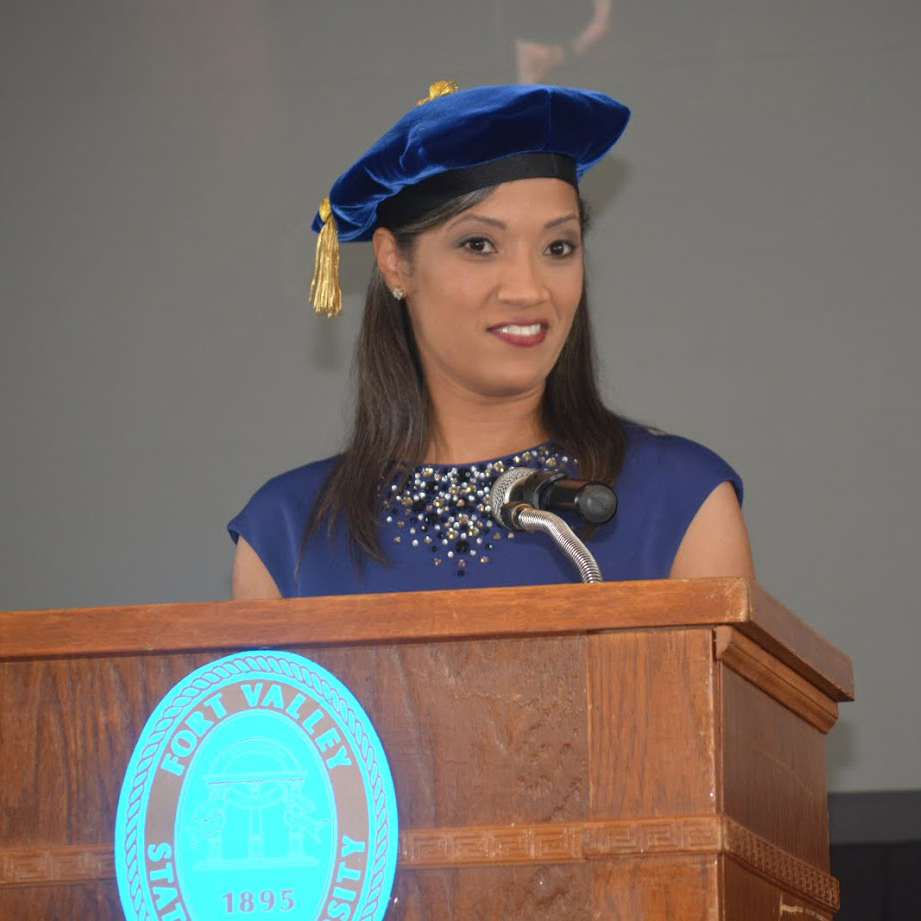 Dr. Marcie Hunt-Harris addresses students at Founders Day 2015.