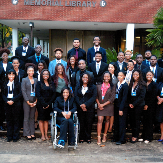 FVSU students attend 2015 Career Fair.
