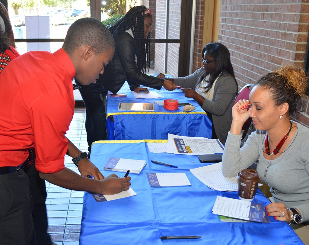 Students sign up for Open House.