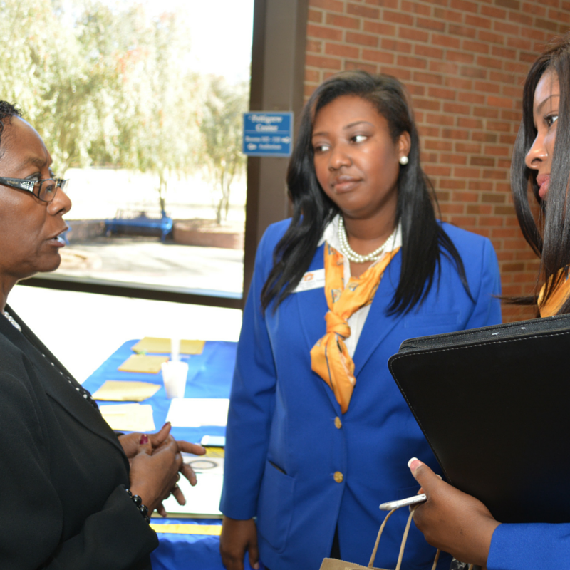 Director of Career and Alumni Services Romelda Simmons speaks to students at the 2016 Teacher Expo.